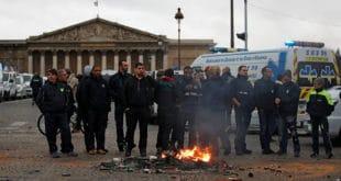 Француска: Протести се шире, хитна помоћ штрајкује, стотине школа затворено...(видео) 10