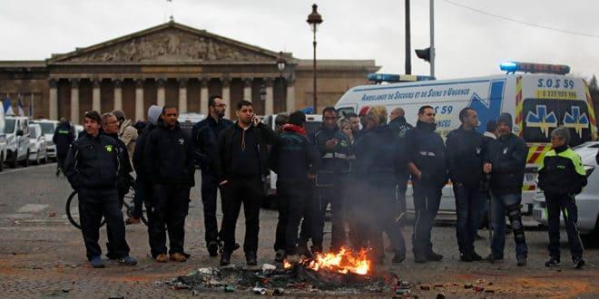 Француска: Протести се шире, хитна помоћ штрајкује, стотине школа затворено...(видео) 1