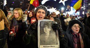 """Румуни на улицама: """"Не желимо да нама владају лопови!"""" 12"""
