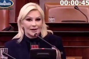 Милан Стаматовић: Власт се на намештеним тендерима енормно богати (видео)