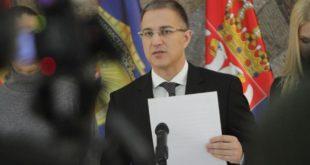 МИНИСТАР ЗАЈЕБАО ЧВОРОВИЋА! Дисциплински поступак против жандарма јер је коментарисао рад Стефановића
