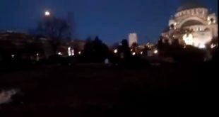 Погледајте полупразан плато испред Храма Светог Саве (видео) 3