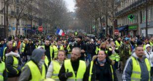 Жути прслуци поново на улицама широм Француске (видео) 1
