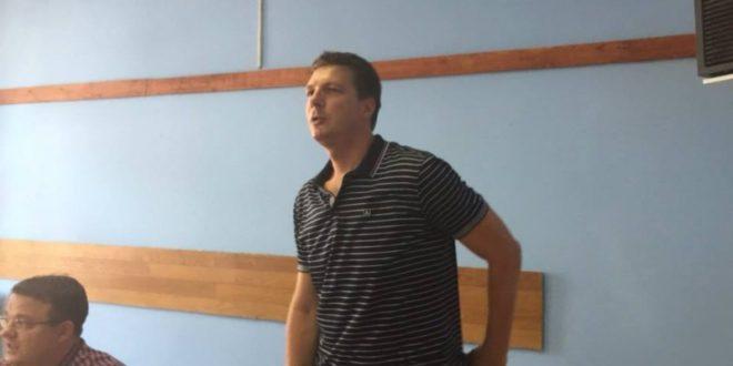Све о Асомакуму и фалсификованој личној карти Андреја Вучића 1