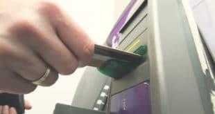 ДЕРИ БАНДО ЛИХВАРСКА! Kамате на дозвољени минус у банкама од 21 до 48 одсто