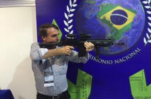 Новоизабрани бразилски председник потписао указ којим се ублажавају прописи за поседовање ватреног оружја