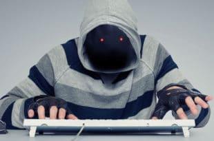 СТРУЧЊАЦИ УПОЗОРАВАЈУ: Друштвене мреже на младе делују исто као дрога