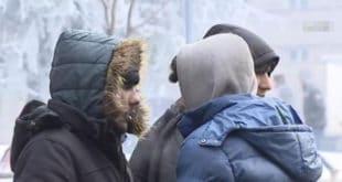 Мигранти масовно упадају у куће по Kуршумлији, грађани им давали храну за узврат добили насиље! 7