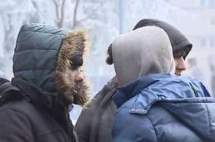 Мигранти масовно упадају у куће по Kуршумлији, грађани им давали храну за узврат добили насиље!