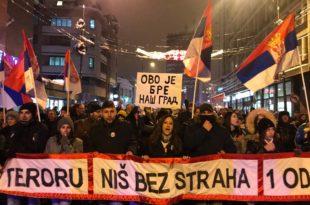 """У Нишу одржан протест под називом """"Стоп терору - за Ниш без страха, 1 од 5 милиона"""""""