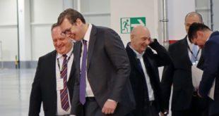 Лесковачким новинарима онемогућено да поставе питања Вучићу