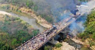 Жестоко сукоби на граници Венецуеле и Колумбије (видео) 1
