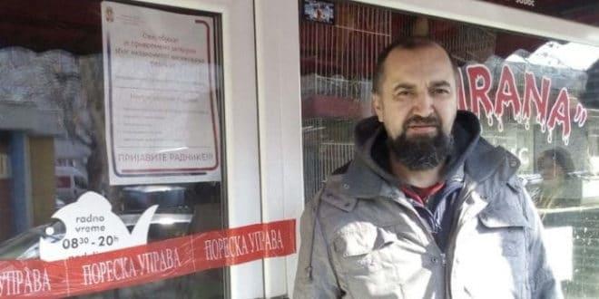 Миленку Марјановићу, носиоцу транспарента у Шапцу, затворили радњу, порезници долазили три пута за пола године 1