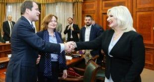 НЕЋЕ ДА МОЖЕ! Српским парама да правите аутопут Велике Албаније, ту причу гледати нећете! 8