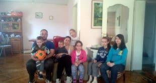 Крагујевац: КРЕТЕНИ из ЕПС-а искључили струју ОСМОЧЛАНОЈ породици! 7