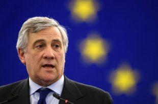 """Председник ЕУ парламента Тајани: """"Живео Трст, живела италијанска Истра, живела италијанска Далмација"""" 6"""