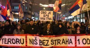 """Слободан Антонић: Могу ли протести заиста да прерасту у """"Балканско пролеће"""" 1"""
