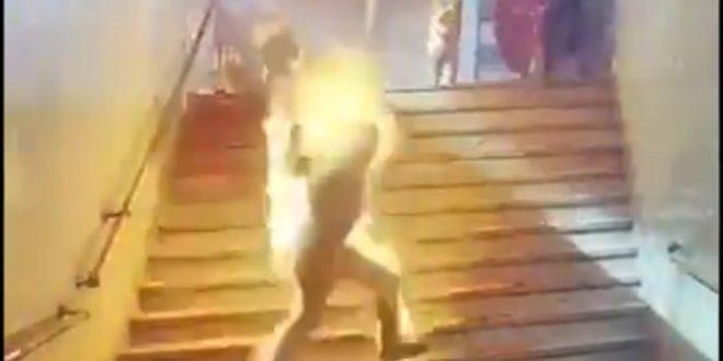 KАИРO: Експлодирао резервоар воза, људи ватрене буктиње јурили по перонима (видео 18+) 1