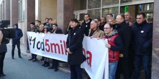 Бојкот опозиције у Скупштини Београда 1