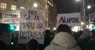 """Девети протест """"1 од 5 милиона"""" у Београду, шетња до РТС-а (видео) 3"""