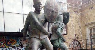 Споменик јунацима Кошара остављен на улици јер напредну банду заболе ...... 5