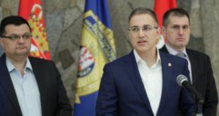 Министар Стефановић: Казнићемо народ који се бахати на протестима! 12