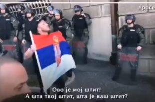 Урош је након овог говора ухапшен и пребијен (видео) 3