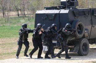 БЛЕСАК ЗАПАДНОГ БАЛКАНА: Специјалци Албаније, Македоније и Косова на истом задатку (видео) 9