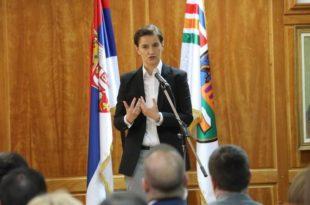Брнабић: Не пристајемо ни на какве ултиматуме, одбацујем захтев за моју смену