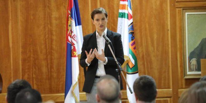 Брнабић: Не пристајемо ни на какве ултиматуме, одбацујем захтев за моју смену 1