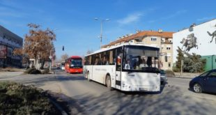 ИНВАЗИЈА НА ЗРЕЊАНИН: Више од 170 аутобуса довезло напредне ботове на митинг 9