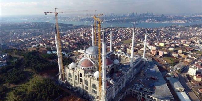 Отворена највећа џамија у Турској 1
