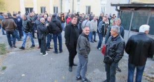 Радници спречили извршитеље да преузму Фабрику резног алата у Чачку 11