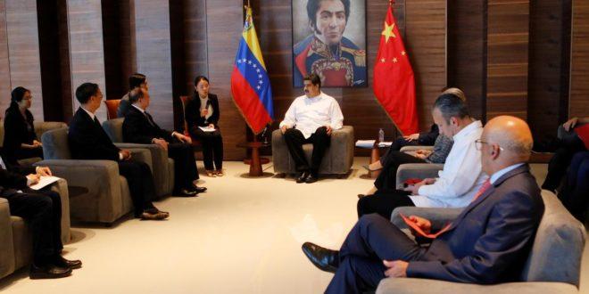 Кина нуди помоћ Венецуели у обнови енергетске мреже након вишедневног нестанка струје 1