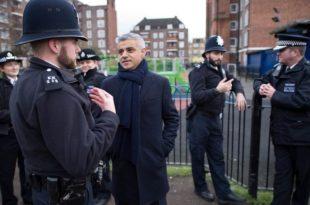 ЛОНДОНИСТАН: Преко 2.400 полицајаца дало отказе, нема нових регрута!