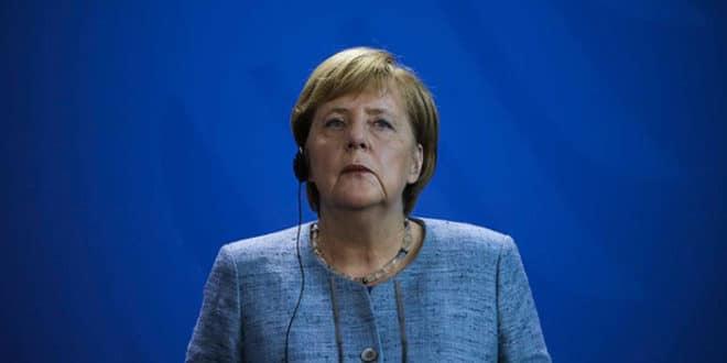Зигмар Габријел: Меркел ће морати да напусти функцију канцелара пре истека мандата 1