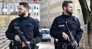 Паника широм Немачке, евакуације због дојаве о бомбама 7