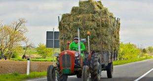 Регистрација трактора и мопеда сваке године