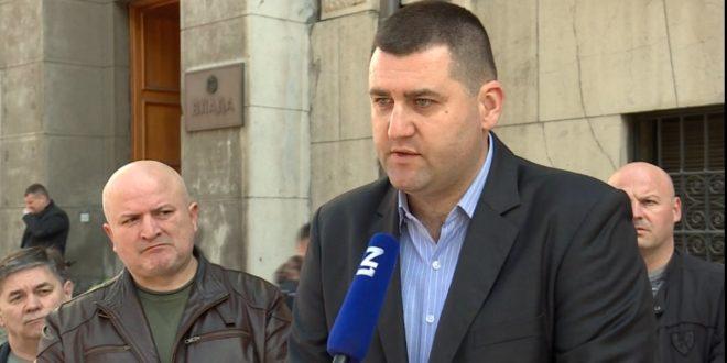 Војни и полицијски синдикат крећу с протестима ако не добију одговор Брнабићке 1