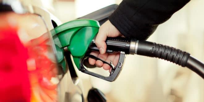Цена горива у Србији никако да падне 1