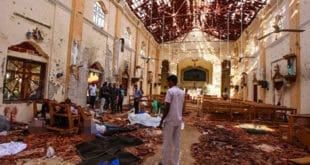 Шри Ланка: Терористи напали цркве и убили преко 200 људи! (видео, фото 18+)
