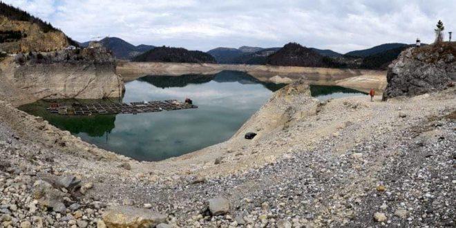 Заовине: Расте језеро али и страх! 1