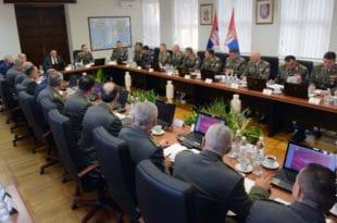 Бакић: Злоупотреба војске је забрињавајућа новина 6
