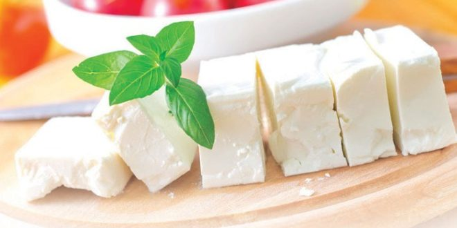 Сир смањује ризик од појаве шлога и развоја срчаних обољења