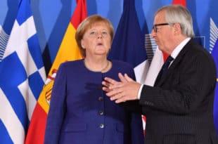 Јункер наговестио да би га најесен на челу Европске комисија могла наследити Меркелова