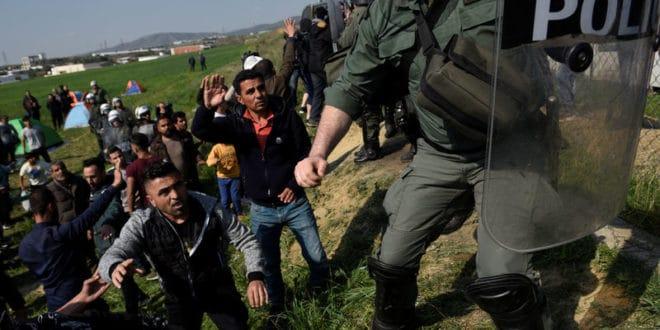 Мигранти се спремају за покрет, Грчка прети казнама 1