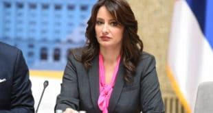 """Лутко, а да пошаљеш финансијску полицију у """"Београд на води"""", то ти није пало на памет? 9"""