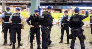 Холандија суспендовала безвизни режим са Албанијом