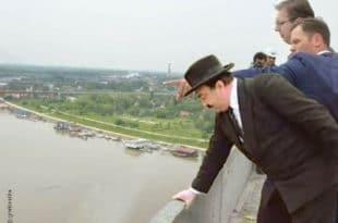 Напредњаци, баталите штрајк глађу, вођу на чело па правац Савски мост и бућ..
