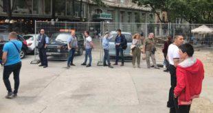 Вучићеви и Весићеви батинаши почели су на улицама да тероришу Београђане! (видео) 6